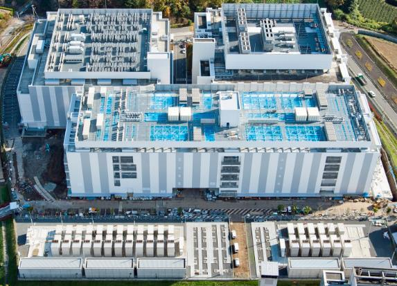 A bird's eye view of Telehouse Tokyo Tama Campus. The largest building is Telehouse Tokyo Tama 3 data center.